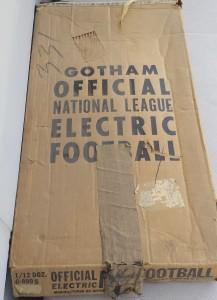 "<img alt = ""1964 Gotham NFL g-890 box"">"